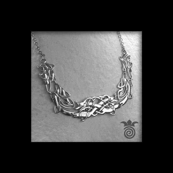 Celtic necklace wolves and interlacing sterling silver 925 solid