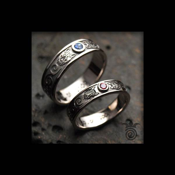 Duo alliances wolves male and female white gold ruby and sapphire