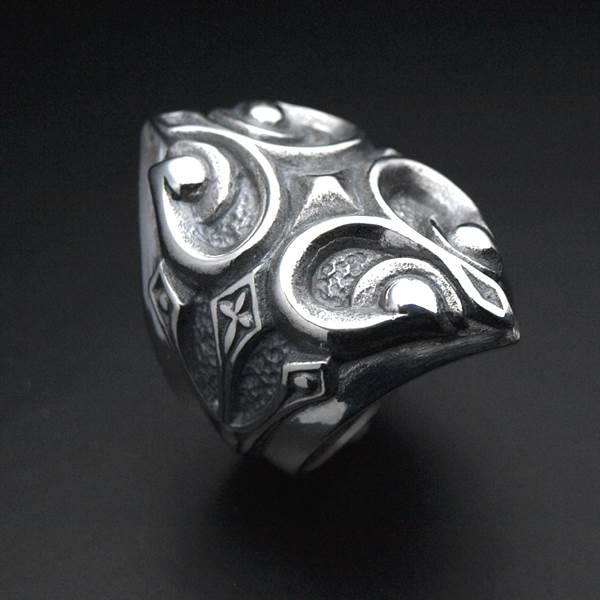 Large silver ring baroque medieval