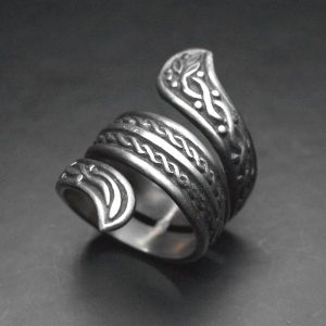 Silver snake ring with interlacing carving ALLDEADS